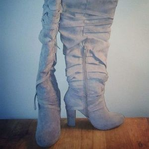 Womens Size 7 Heeled Boots